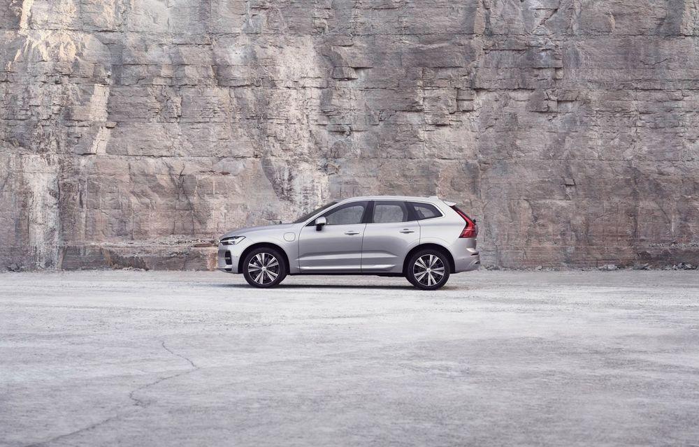 Volvo XC60 facelift: design ușor revizuit și sistem de operare Android - Poza 8