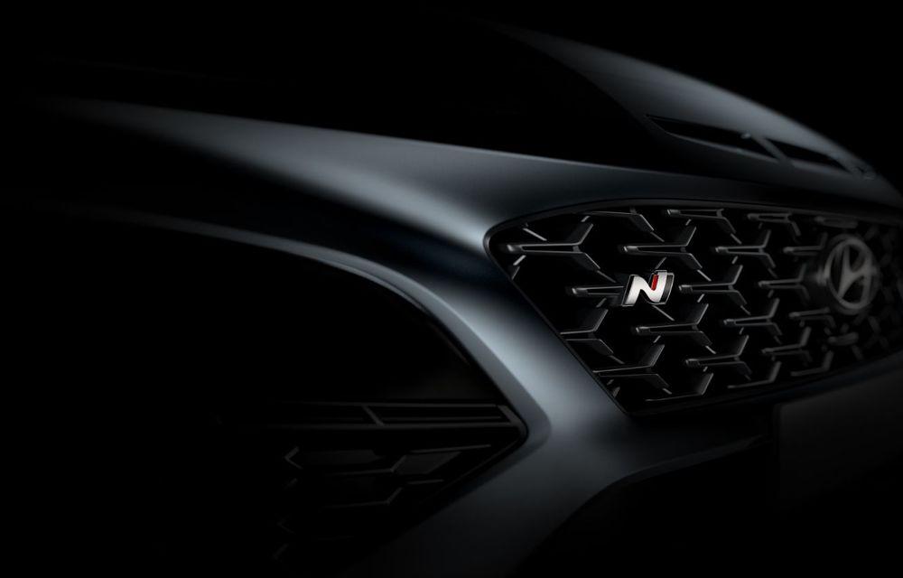 Primele imagini-teaser cu noul Hyundai Kona N: SUV-ul de performanță va avea motor de 2 litri și transmisie automată - Poza 2