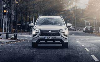 """Două modele """"best-seller"""" Renault vor fi vândute în Europa cu sigla Mitsubishi"""