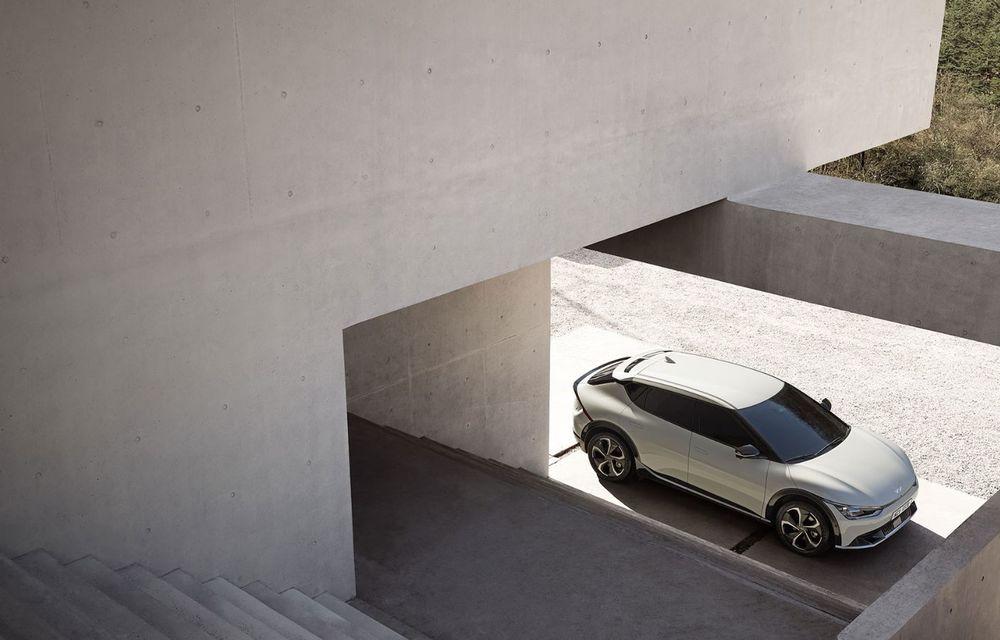 Noul Kia EV6, primele imagini ale crossover-ului electric, frate cu Hyundai Ioniq 5 - Poza 4