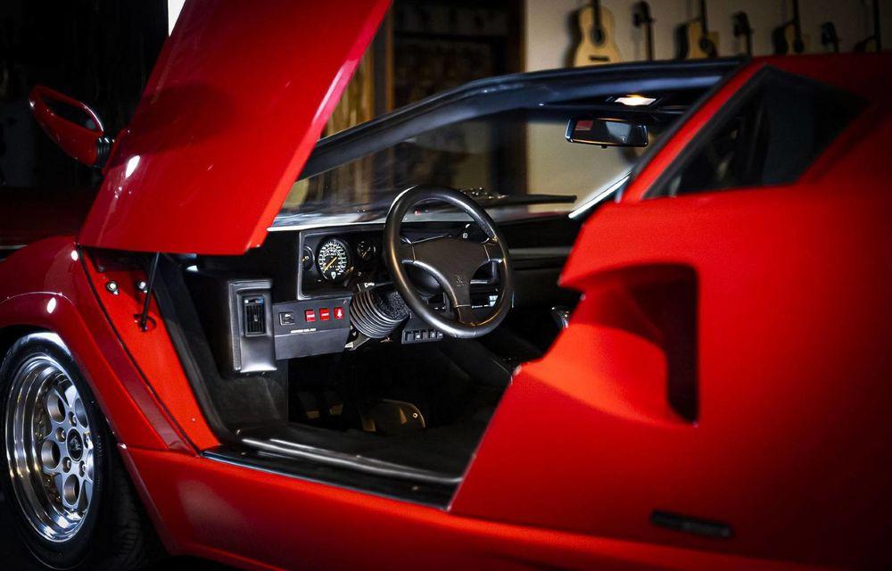 Un Lamborghini Countach 25th Anniversary, cu numai 1000 de kilometri la bord, a fost scos la vânzare - Poza 4