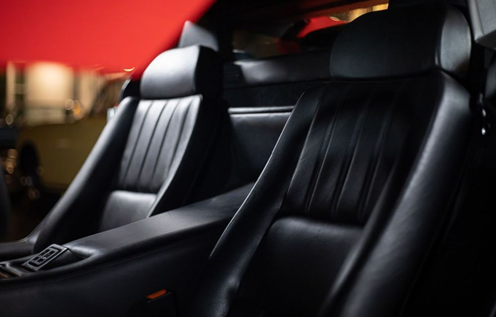Un Lamborghini Countach 25th Anniversary, cu numai 1000 de kilometri la bord, a fost scos la vânzare - Poza 6