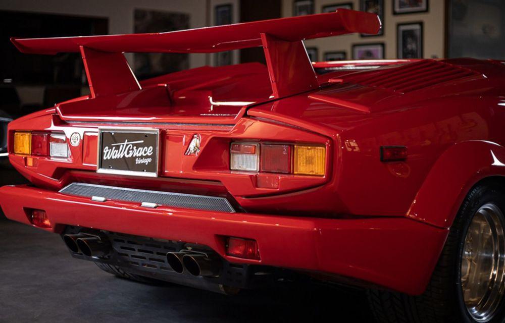 Un Lamborghini Countach 25th Anniversary, cu numai 1000 de kilometri la bord, a fost scos la vânzare - Poza 3