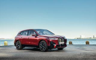 BMW anunță două versiuni de putere pentru noul iX. În Germania pornește de la 77.300 de euro