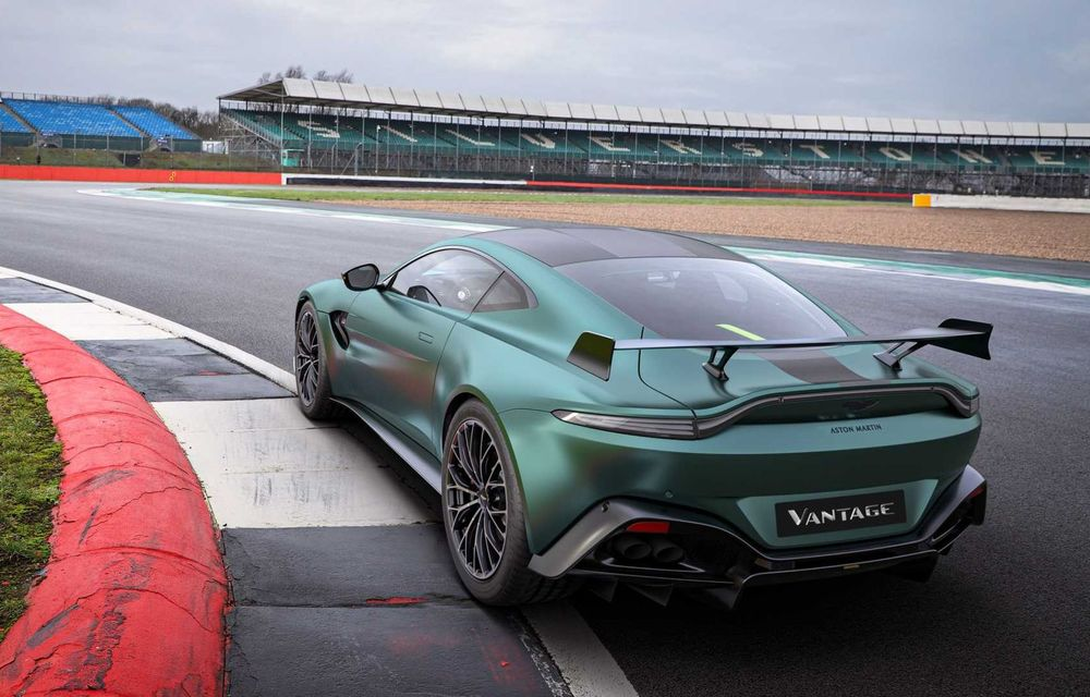 Aston Martin prezintă noul Vantage F1 Edition: ediție inspirată de Safety Car-ul din Formula 1 - Poza 7