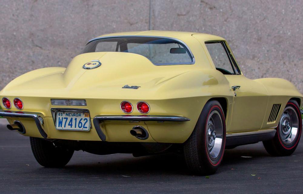 Un Chevrolet Corvette din 1967 a fost vândut cu 2.45 milioane de dolari la licitație - Poza 2
