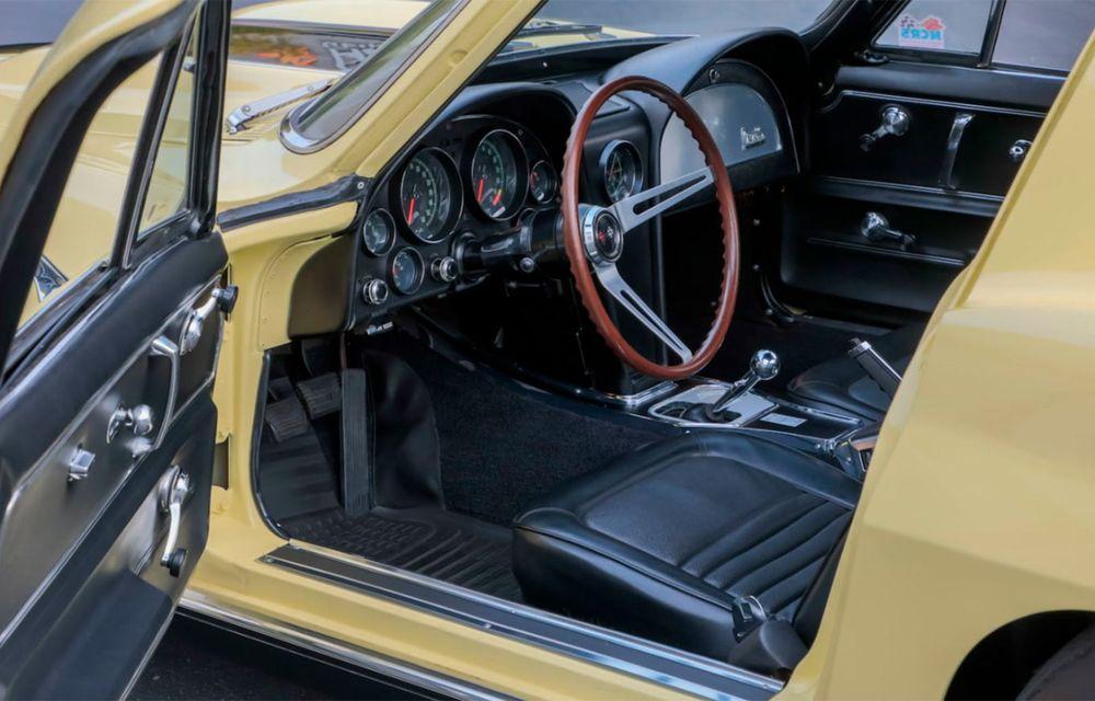 Un Chevrolet Corvette din 1967 a fost vândut cu 2.45 milioane de dolari la licitație - Poza 3