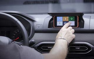 Dacia detaliază modul în care telefonul mobil se transformă în sistem multimedia al mașinii