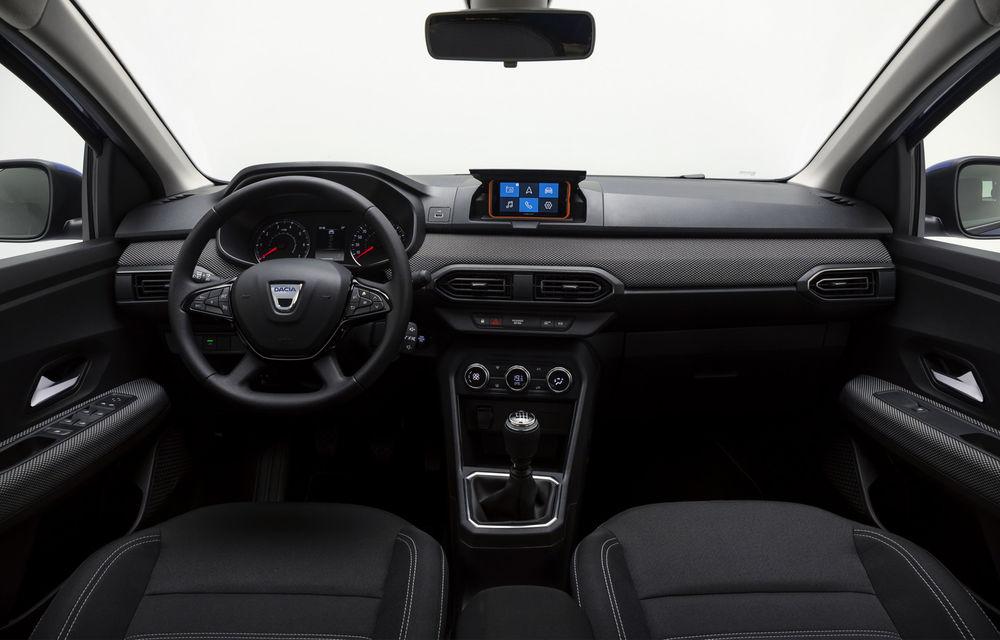 Dacia detaliază modul în care telefonul mobil se transformă în sistem multimedia al mașinii - Poza 2