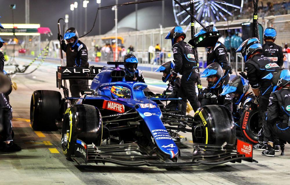 Alonso a abandonat în prima cursă de Formula 1 din 2021 din cauza unei hârtii de împachetat mâncarea - Poza 1