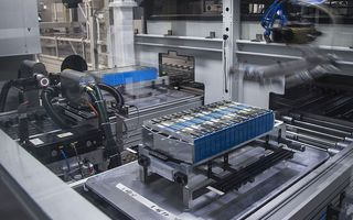 BMW investește 285 de milioane de euro în aprovizionarea cu litiu pentru producția bateriilor