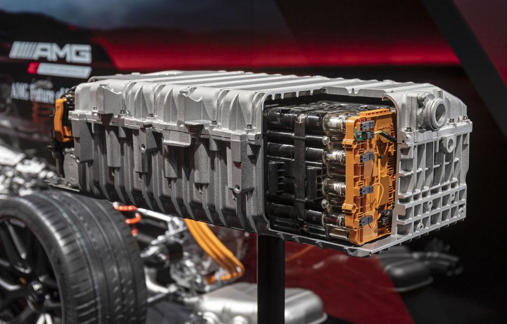 Modelele hibride Mercedes-AMG vor avea până la 804 de cai putere. Noul C63 va avea motor de 2.0 litri - Poza 10