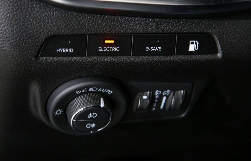 Jeep Compass facelift debutează în Europa cu sisteme care permit un condus semi-autonom de nivel 2 - Poza 26