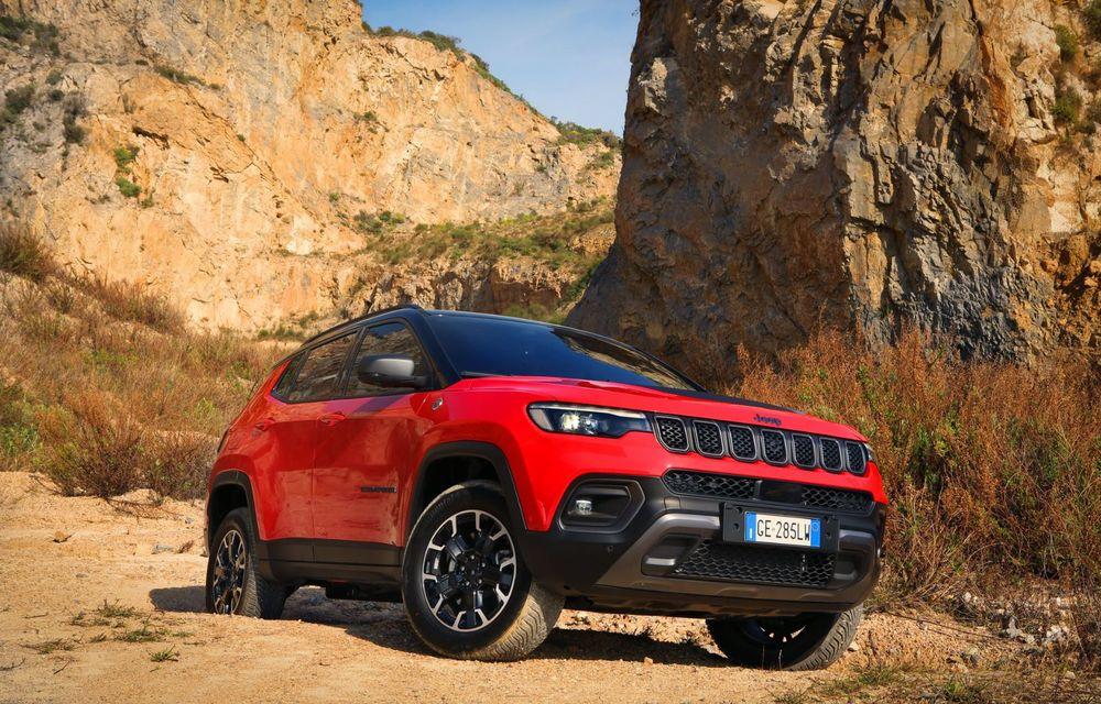 Jeep Compass facelift debutează în Europa cu sisteme care permit un condus semi-autonom de nivel 2 - Poza 1