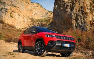 Jeep Compass facelift debutează în Europa cu sisteme care permit un condus semi-autonom de nivel 2