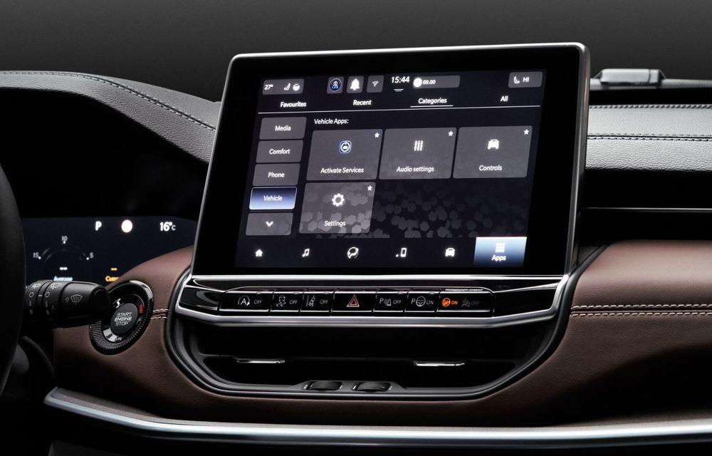 Jeep Compass facelift debutează în Europa cu sisteme care permit un condus semi-autonom de nivel 2 - Poza 25