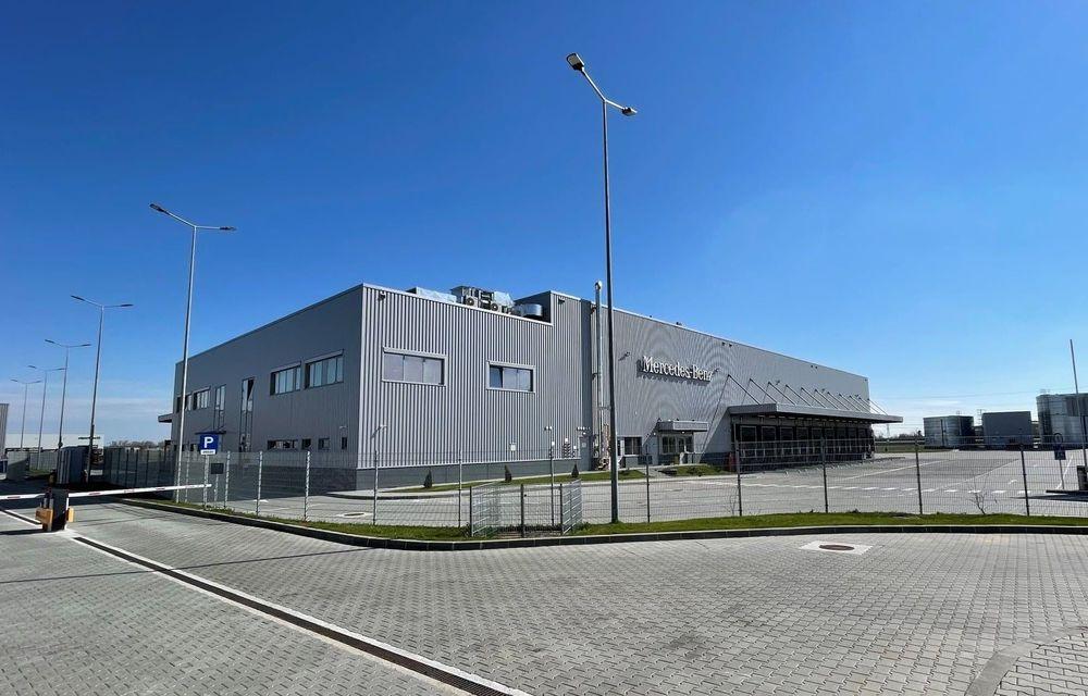 Mercedes-Benz a inaugurat un nou centru logistic lângă București: timpul de livrare a pieselor scade cu 25% - Poza 1
