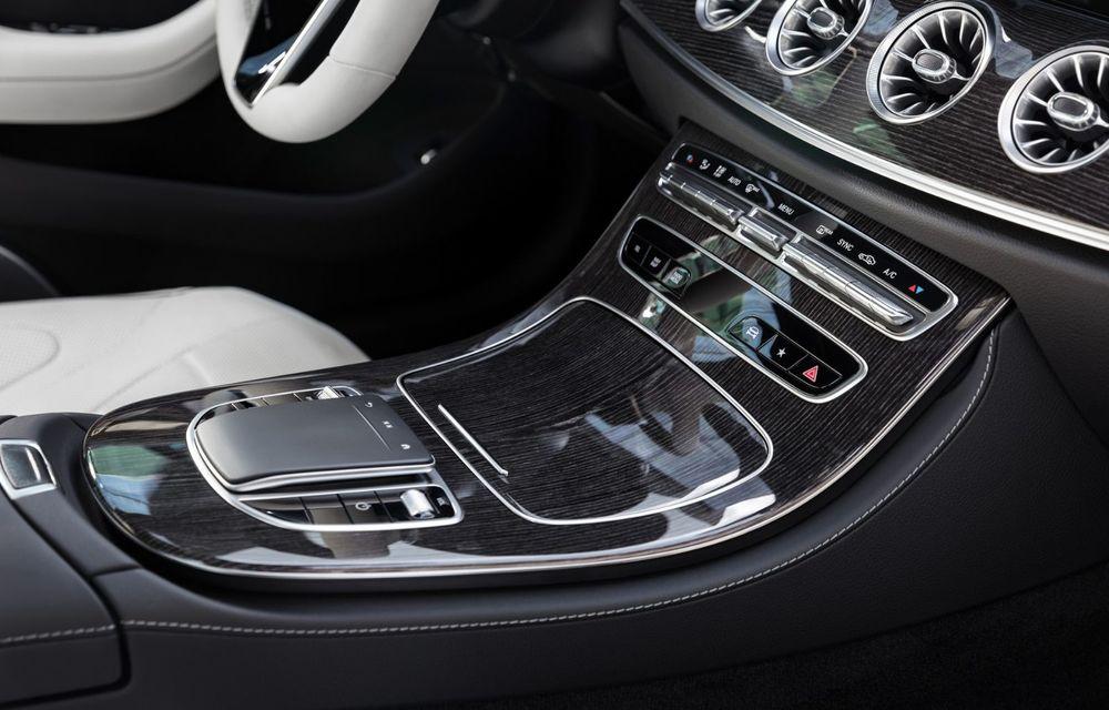 Mercedes-Benz CLS facelift: modificări estetice minore și o gamă extinsă de tapițerii - Poza 27