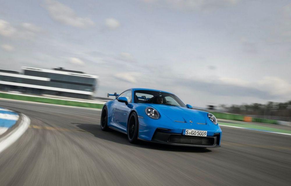 Test extrem: noul Porsche 911 GT3 a rulat încontinuu cu 300 de km/h pe o distanță de 5.000 de kilometri - Poza 1