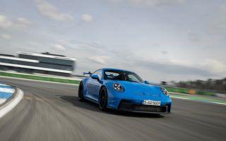 Test extrem: noul Porsche 911 GT3 a rulat încontinuu cu 300 de km/h pe o distanță de 5.000 de kilometri