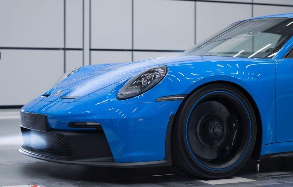 Test extrem: noul Porsche 911 GT3 a rulat încontinuu cu 300 de km/h pe o distanță de 5.000 de kilometri - Poza 5