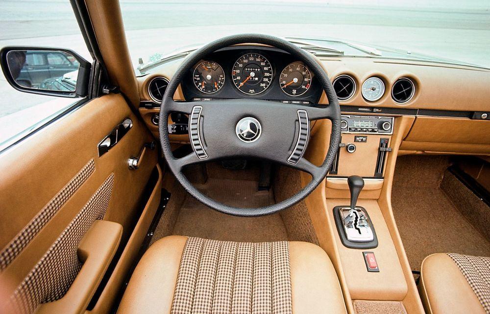 Aniversare pentru Mercedes-Benz SL. Celebra decapotabilă a împlinit 50 de ani - Poza 8