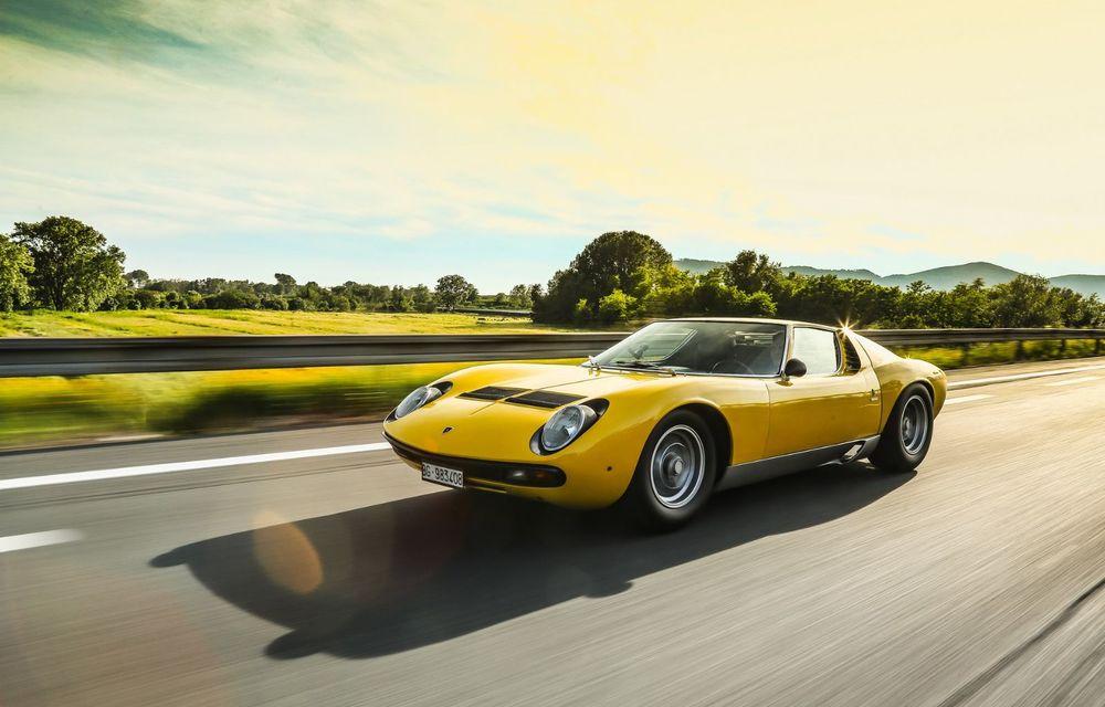 Lamborghini Miura SV la aniversare: modelul italian a debutat în urmă cu 50 de ani - Poza 2