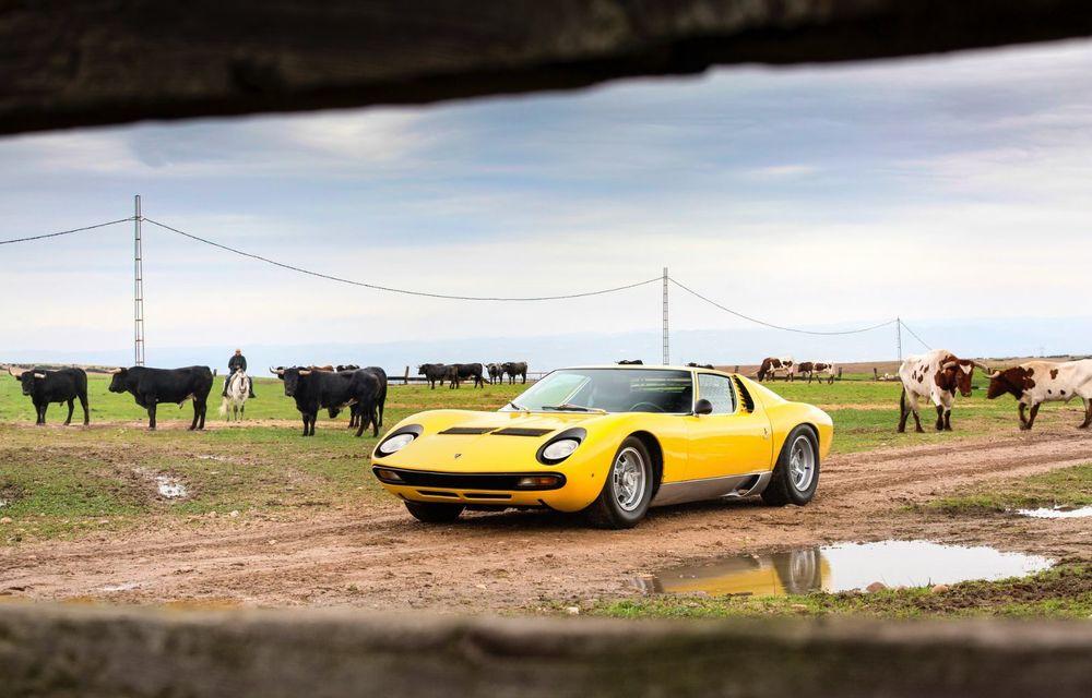 Lamborghini Miura SV la aniversare: modelul italian a debutat în urmă cu 50 de ani - Poza 3