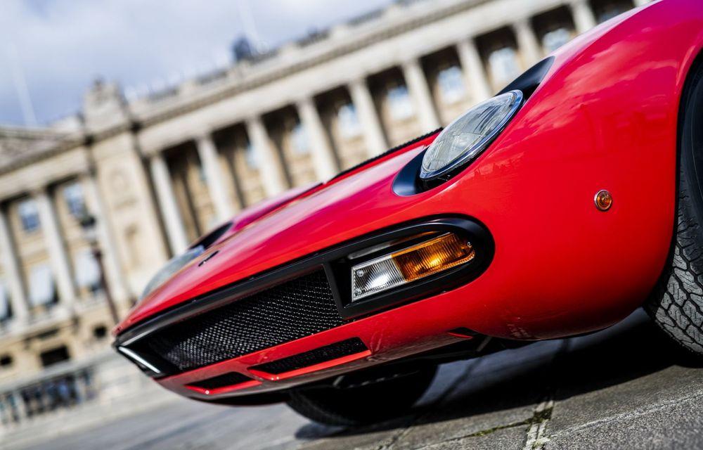 Lamborghini Miura SV la aniversare: modelul italian a debutat în urmă cu 50 de ani - Poza 9