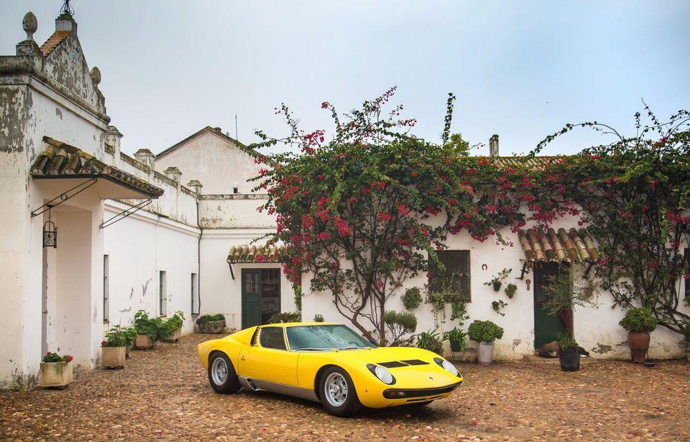 Lamborghini Miura SV la aniversare: modelul italian a debutat în urmă cu 50 de ani - Poza 4