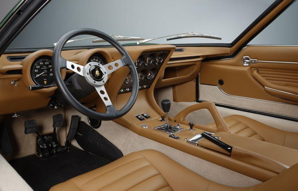 Lamborghini Miura SV la aniversare: modelul italian a debutat în urmă cu 50 de ani - Poza 14