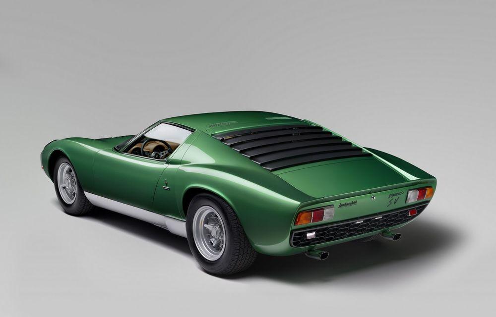 Lamborghini Miura SV la aniversare: modelul italian a debutat în urmă cu 50 de ani - Poza 12