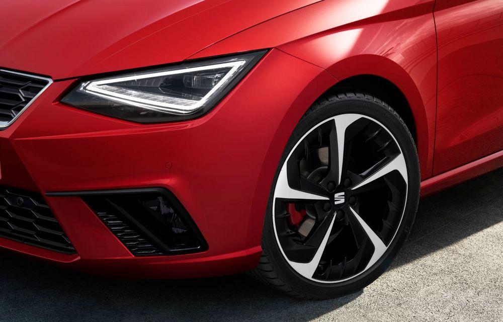 Seat a prezentat Ibiza facelift: modificări de design, noutăți la interior și motorizări pe benzină - Poza 9