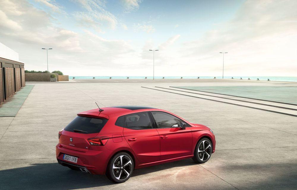 Seat a prezentat Ibiza facelift: modificări de design, noutăți la interior și motorizări pe benzină - Poza 8