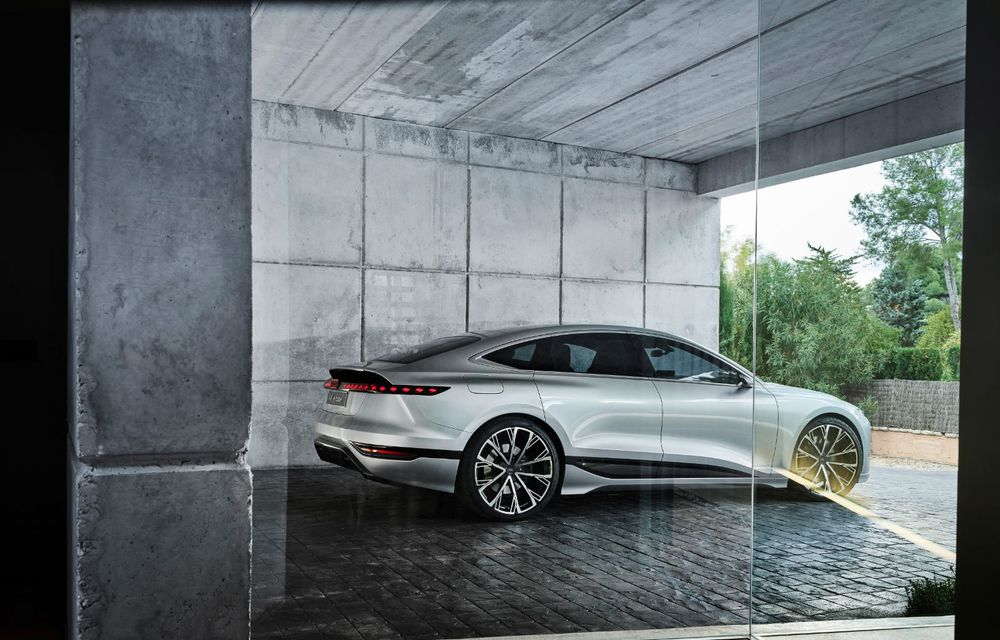 Audi prezintă conceptul electric A6 e-tron: autonomie de peste 700 de kilometri și încărcare rapidă la 270 kW - Poza 36