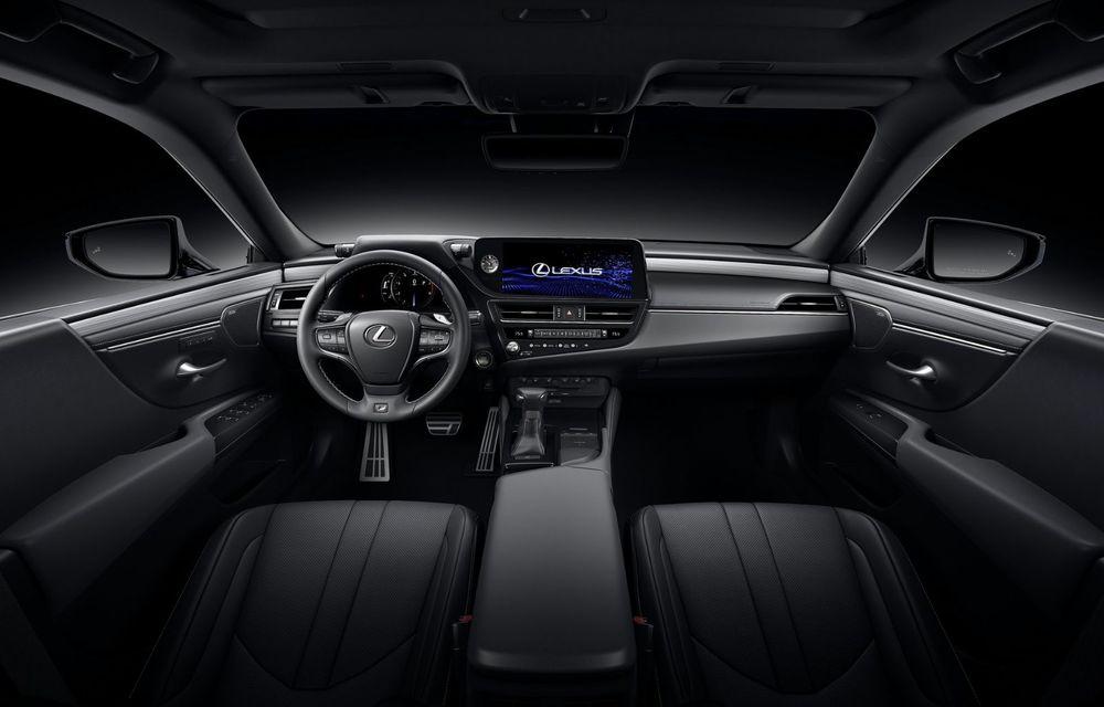 Lexus ES facelift: îmbunătățiri estetice, mai multă tehnologie și versiune nouă ES 300h F Sport - Poza 27