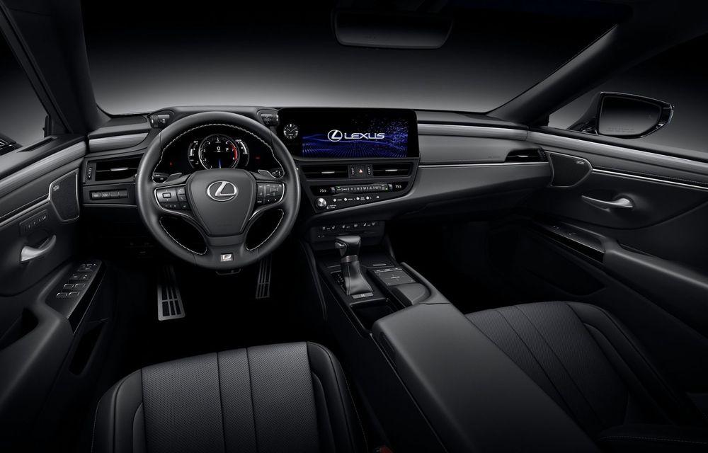 Lexus ES facelift: îmbunătățiri estetice, mai multă tehnologie și versiune nouă ES 300h F Sport - Poza 25