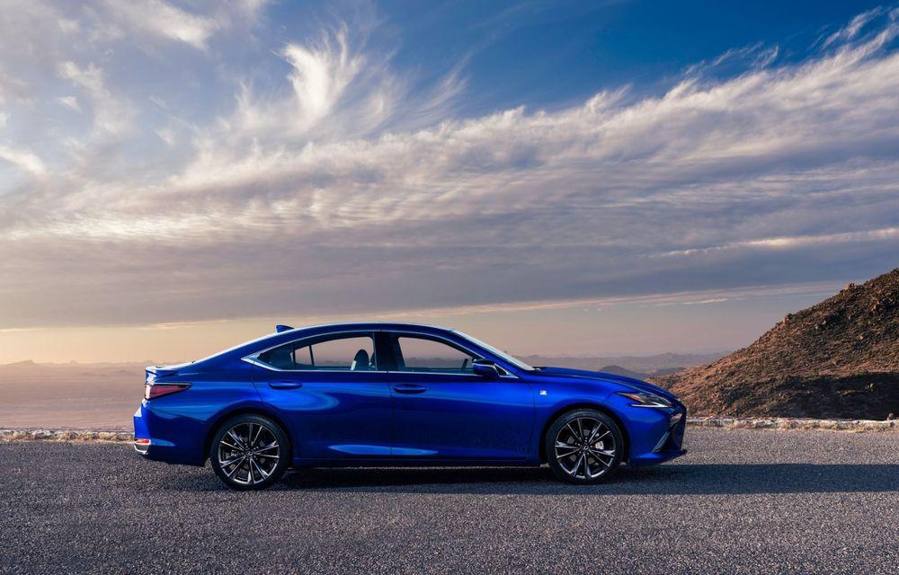 Lexus ES facelift: îmbunătățiri estetice, mai multă tehnologie și versiune nouă ES 300h F Sport - Poza 14