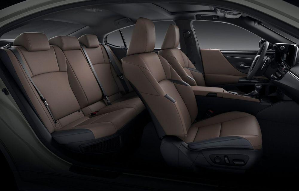 Lexus ES facelift: îmbunătățiri estetice, mai multă tehnologie și versiune nouă ES 300h F Sport - Poza 29