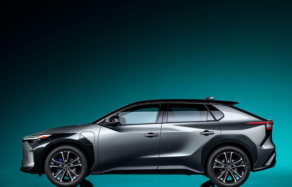 Toyota își face gamă de electrice: primul model este un SUV dezvoltat alături de Subaru - Poza 4