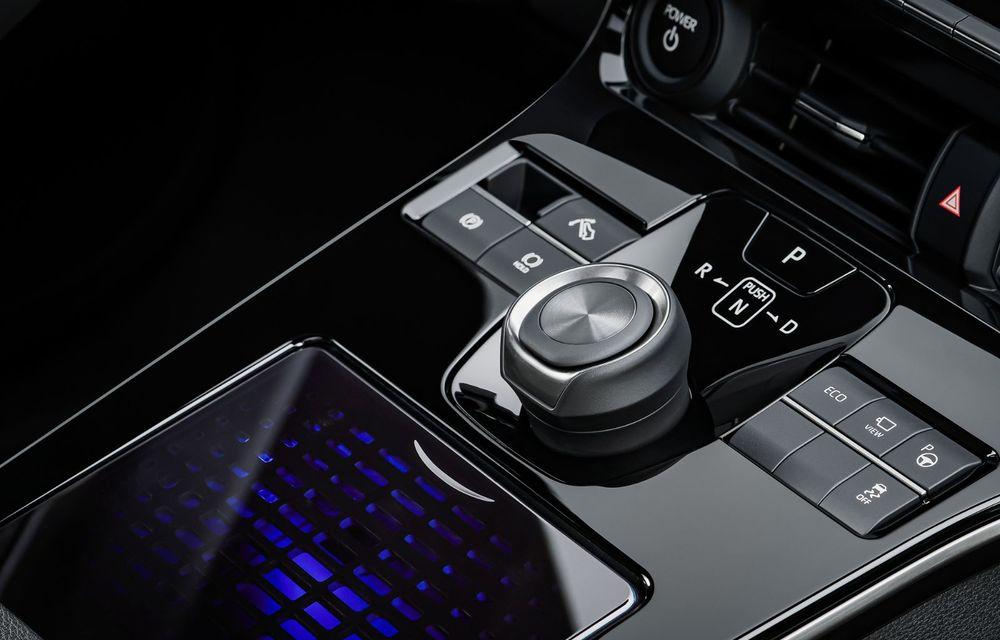 Toyota își face gamă de electrice: primul model este un SUV dezvoltat alături de Subaru - Poza 13