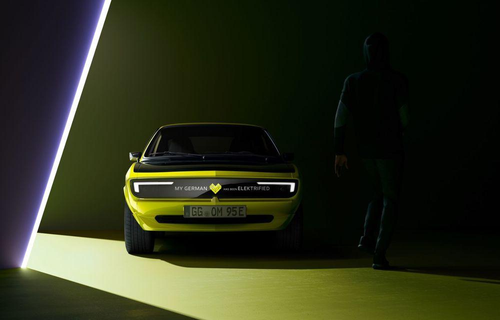 Opel dezvăluie primele imagini cu prototipul electric Manta Gse ElektroMOD: prezentare în 19 mai - Poza 3