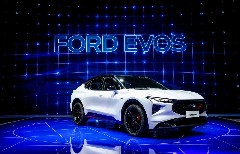 Ford a prezentat noul Evos: display uriaș de 43 inch și tehnologie de condus semi-autonom de nivel 2 - Poza 2