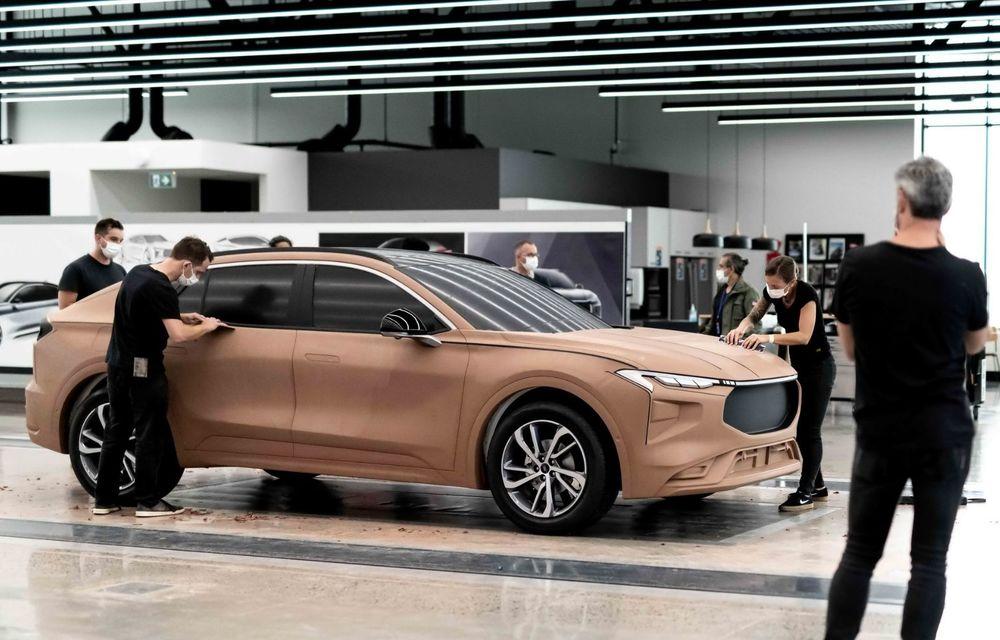 Ford a prezentat noul Evos: display uriaș de 43 inch și tehnologie de condus semi-autonom de nivel 2 - Poza 5