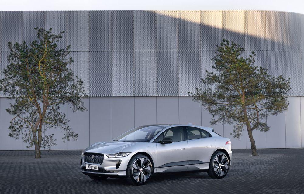 Jaguar anunță o nouă variantă Black pentru SUV-ul electric I-Pace - Poza 5