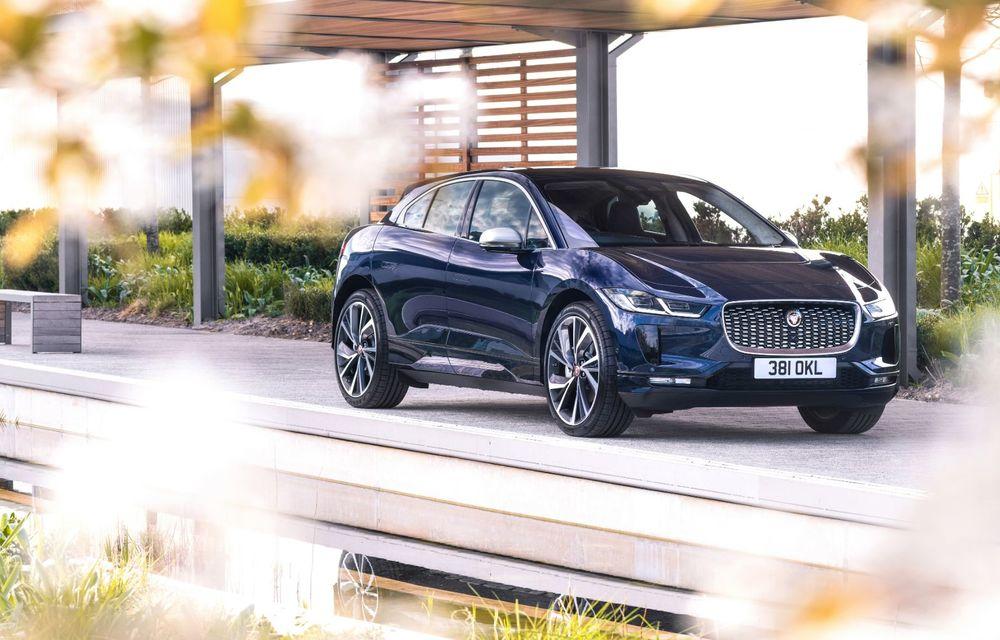 Jaguar anunță o nouă variantă Black pentru SUV-ul electric I-Pace - Poza 9
