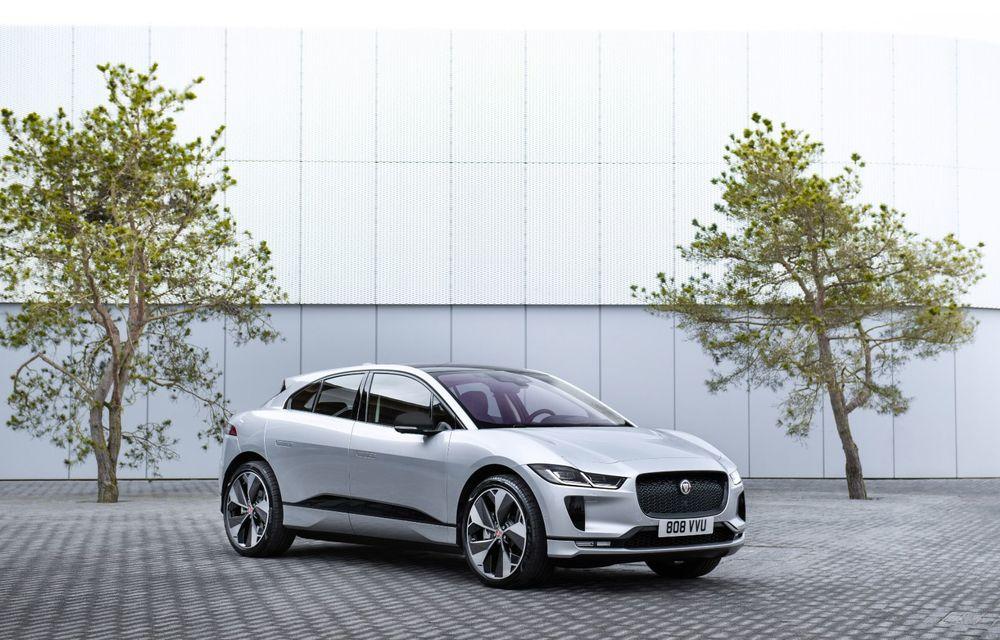 Jaguar anunță o nouă variantă Black pentru SUV-ul electric I-Pace - Poza 2