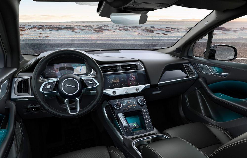 Jaguar anunță o nouă variantă Black pentru SUV-ul electric I-Pace - Poza 10