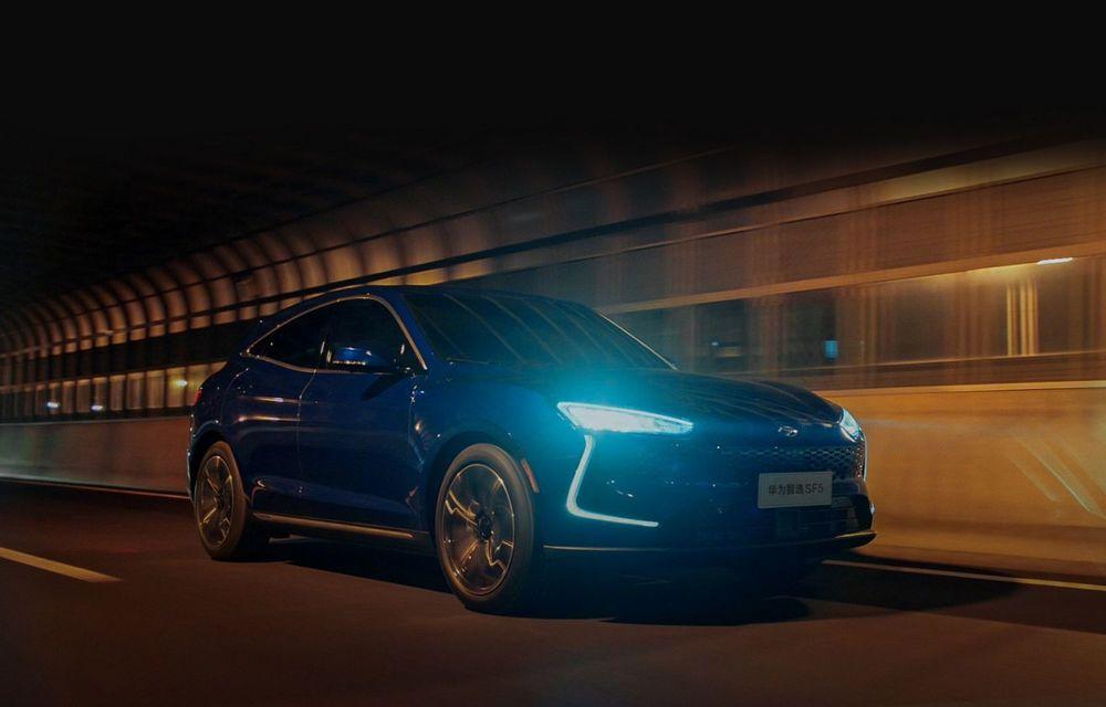 Huawei a lansat primul său automobil. SF5 este un SUV cu 551 CP și 180 km autonomie în modul electric - Poza 2