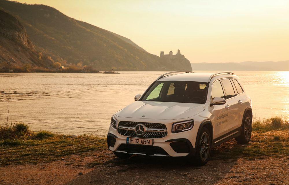 Descoperim Dunărea cu Mercedes-Benz GLB (ziua 1): Chipul lui Decebal sculptat în piatră și un hotel ca în Maldive - Poza 11